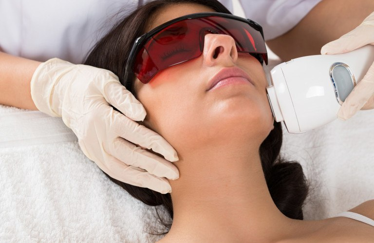 LASER-HAIR-REMOVAL-WOMEN-768x499 (1)
