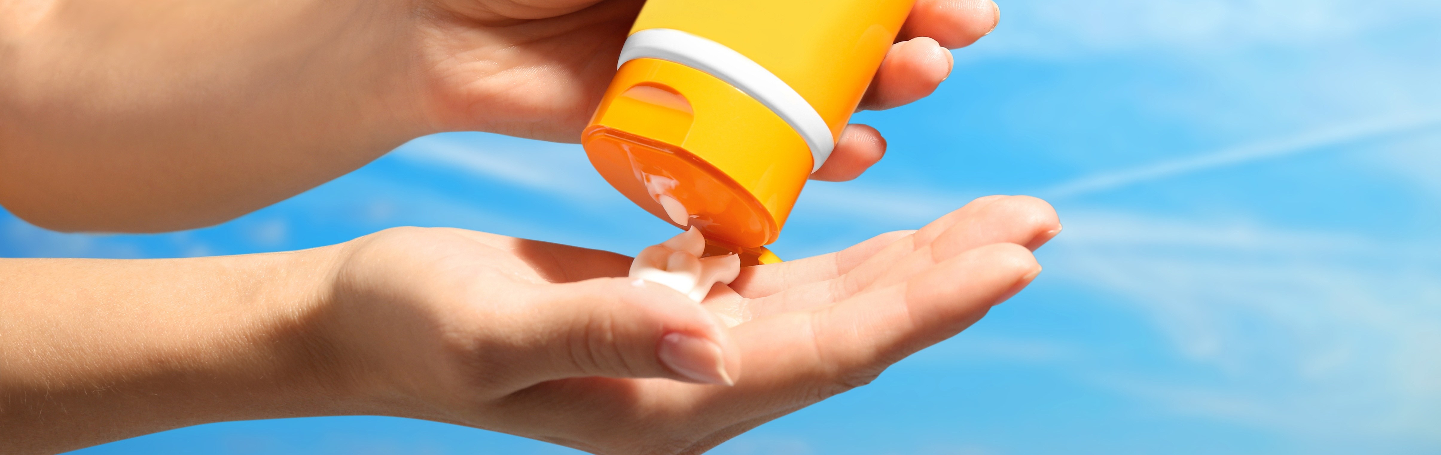 What's the Difference Between Sunscreen and Sunblock? Does it Matter?